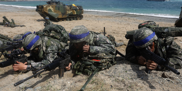 POHANG, SOUTH KOREA - APRIL 02:  South Korean marines participate in landing operation referred to as Foal Eagle joint military exercise with US troops Pohang seashore on April 2, 2017 in Pohang, South Korea. South Korea military troops held for joint annual military exercise with the U.S. drawing criticism from North Korea, arguing that these training exercises will worsen the standoff over North Korea's nuclear weapons program.  (Photo by Chung Sung-Jun/Getty Images)