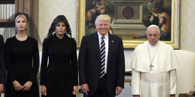 Ein harmonisches Treffen? Für Internetnutzer lassen die Fotos von Trumps Vatikan-Besuch nichts Gutes vermuten