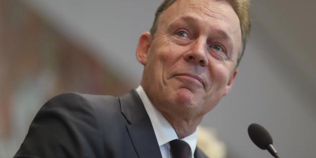 Thomas Oppermann stellt die die deutsche Geheimdienstzusammenarbeit mit den USA infrage