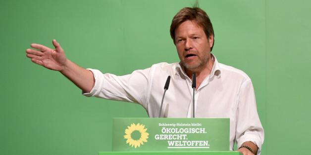 Grünen-Politiker Habeck fordert einen Imagewechsel für der Partei - und attackiert einen Parteifreund