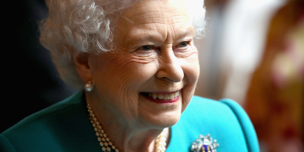 LONDON, ENGLAND - MAY 31:  Queen Elizabeth II visits Drapers' Hall for a luncheon on the occasion of the 70th Anniversary of Her Majesty's Admission to the Freedom of the Company on May 31, 2017 in London, England.  (Photo by Chris Jackson - WPA Pool/Getty Images)