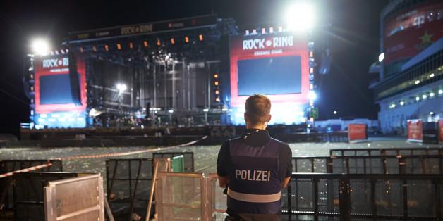 """Die Polizei durchsuchte das Gelände von """"Rock am Ring""""."""