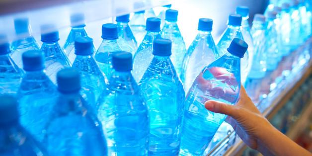 200 Dollar für 500.000 Tonnen Wasser - wie Nestlé eine ganze Gegend ausnimmt