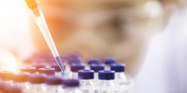 Ein Forscher-Team vom Scripps Research Institute in Kalifornien hat ein Verfahren vorgestellt, der Süchtigen in Zukunft möglicherweise dabei helfen könnte, von Heroin wegzukommen.