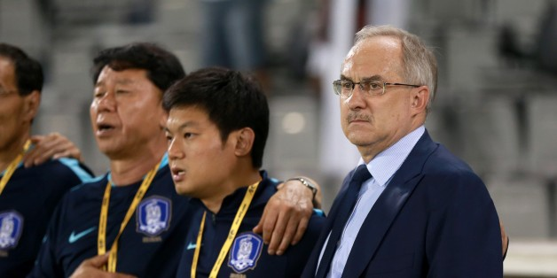DOHA, QATAR - JUNE 13: Head Coach of South Korea National Team Uli Stielike gestures before the 2018 FIFA World Cup Asian Qualifying group A football match between Qatar and South Korea at the Jassim Bin Hamad stadium in Doha, Qatar on June 13, 2017. (Photo by Mohamed Farag/Anadolu Agency/Getty Images)
