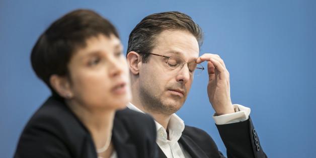 Ein Mitglied der AfD in Niedersachse soll unter Beobachtung des Verfassungsschutzes stehen.