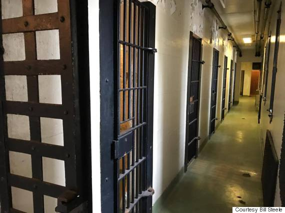 dorchester jail airbnb