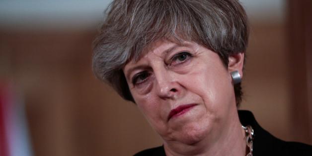 """Theresa May traf sich mit reichen Spendern im Hotel """"Savoy""""."""