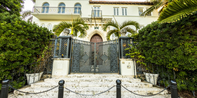 Versace Mansion Amazing Facts About Gianni Versaces Casa - 10 cool facts about miami beach