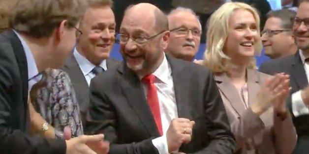 SPD-Parteitag: Schulz lässt sich feiern – doch den größten Applaus kriegt zunächst ein anderer