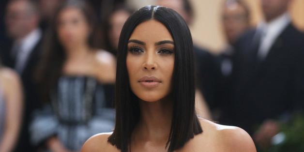 Kim Kardashian postet ein Foto von ihrem kleinen Sohn im Auto - daran sieht man, was viele Eltern falsch machen