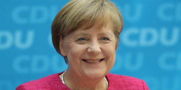 """Die Medien feiern die Ehe für alle - und Merkels politischen Schachzug. Nur """"FAZ"""" will die Zeichen der Zeit nicht erkennen"""