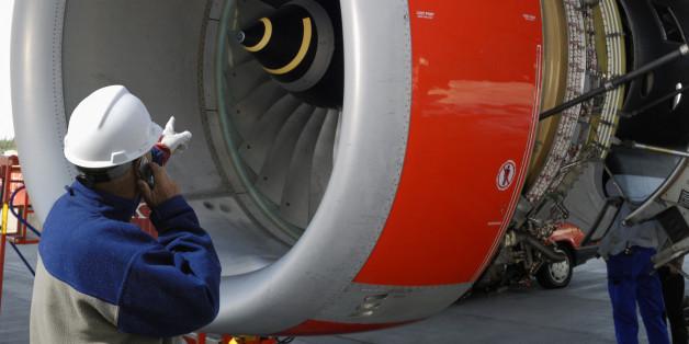 Im chinesischen Schanghai strandete ein Flugzeug mit 150 Passagieren wegen einer Münze.