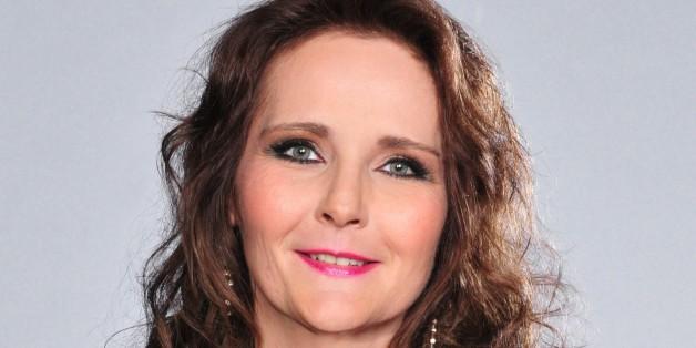 TV-Star Helena Fürst will für 299 Euro ihr Bett teilen - die Reaktion ihrer Fans sagt alles.