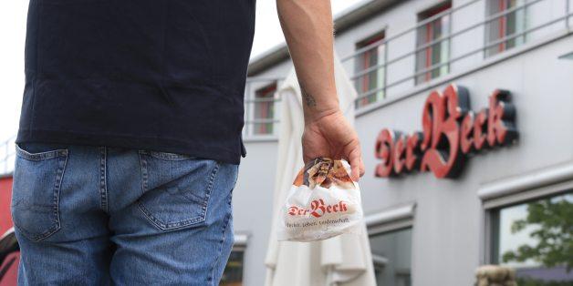 Kontrolleure entdecken Schaben und Kot im Brot - und die Verbraucher erfahren gar nichts