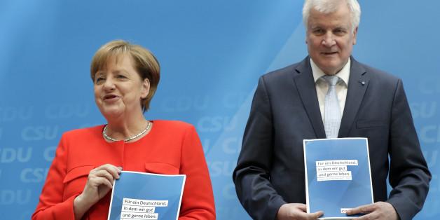 CSU-Chef Seehofer feiert seinen Bayernplan - die SPD reagiert mit Häme