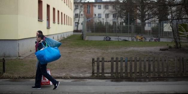 Eine islamistische Gang terrorisiert Flüchtlinge in Berlin - nun ermittelt der Staatsschutz