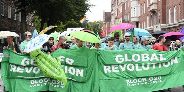 Der grüne Finger steht für die Globale Revolution
