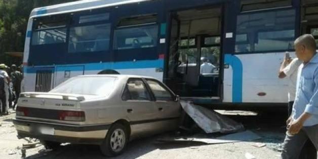 Un mort et une dizaine de blessés dans une collision entre un bus et deux voitures près de Salé. Source: Hespress.com
