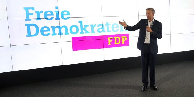 Lindner stellt die Kampagne der FDP vor – schon die erste Nachfrage bringt ihn in Bedrängnis
