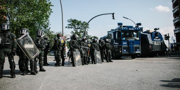 """Skandal um """"schwarze Listen"""": Wie Polizisten Journalisten beim G20-Gipfel an ihrer Arbeit hinderten"""