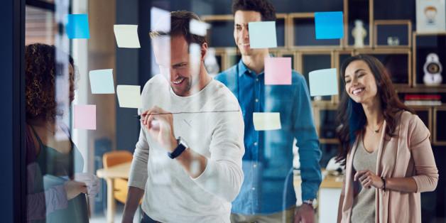 Ces trois mots d'introduction rendent les brainstorming de Facebook et Google plus créatifs