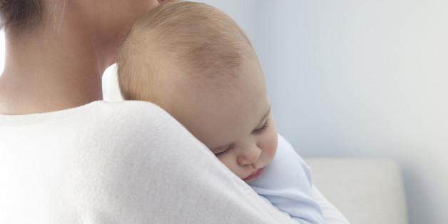 Nicht immer kann das Kind durchschlafen - wie Eltern ihrem Baby helfen können