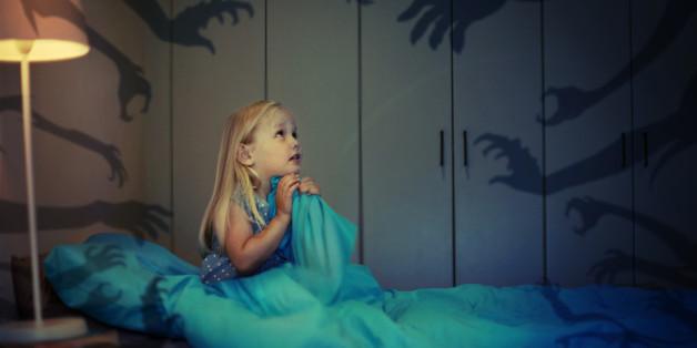 Wenn ein Kind verängstigt oder weinend aufwacht, hatte es oftmals einen Albtraum