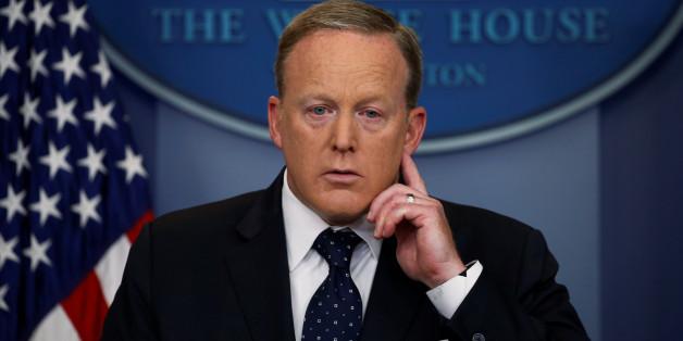 Nach Streit mit US-Präsident: Trumps Pressesprecher Sean Spicer tritt zurück