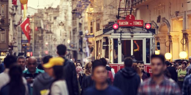 """""""Türkei-Reisen finden wie gebucht statt"""": Veranstalter zeigen sich unbeeindruckt von verschärften Reisehinweisen"""