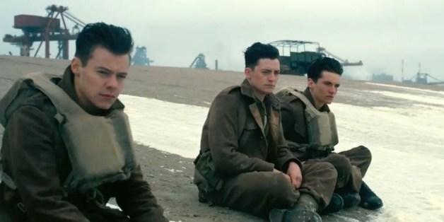 """Packender Überlebenskampf: Christopher Nolans neuem Film """"Dunkirk"""" beeindruckt mit historischer fundierter Action."""
