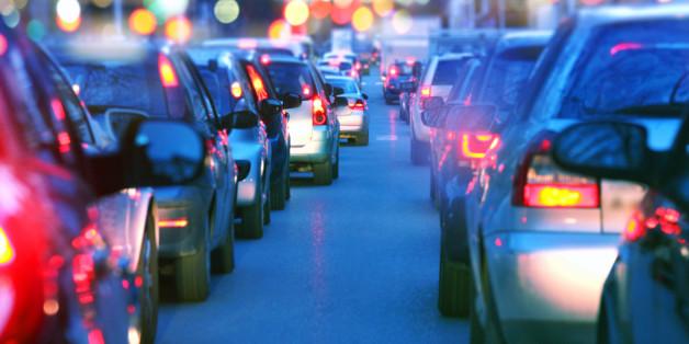 In diesen Ländern sollen bald keine Autos mit Diesel- und Benzinmotoren mehr fahren