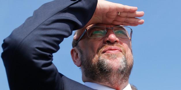 Martin Schulz hat eine absurde Erklärung für das Umfragetief der SPD