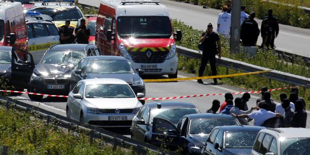 Attaque contre des militaires en région parisienne: le véhicule intercepté, un homme interpellé