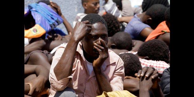 Die libysche Küstenwache fängt Flüchtlinge im Mittelmeer ab und bringt sie zurück aufs Festland. Dort herrschen katastrophale Zustände