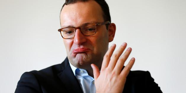 Jens Spahn will, dass die Kellner in allen Berliner Gastronomien Deutsch mit ihm sprechen