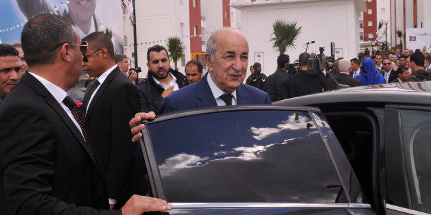 Algerian Housing minister Abdelmadjid Tebboune (C) is seen during the ceremony of social housing distribution in Algiers, Algeria April 3, 2017. Picture taken April 3, 2017. Tebboune was named as the new Prime Minister of Algeria on May 2017. REUTERS/ Ramzi Boudina
