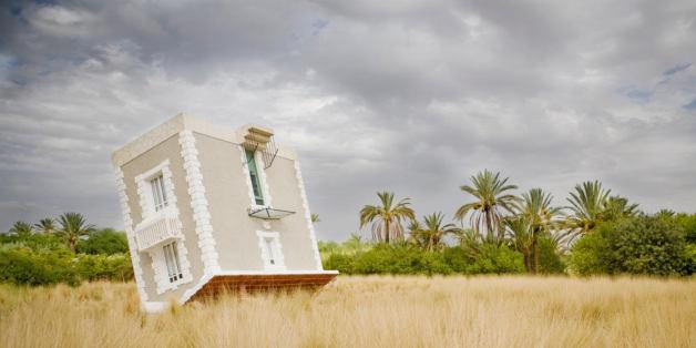 Jean-François Fourtou, Tombée du ciel, 2011. © de l'artiste. Courtesy of Galerie Mitterrand, Paris.