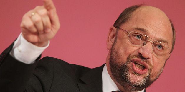"""""""Erdogans Verhalten trägt paranoide Züge"""": Schulz attackiert den türkischen Präsidenten nach der Verhaftung von Dogan Akhanli"""
