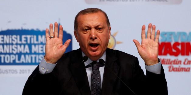 """Zeitungen über Erdogan: """"Er beutet aus, was anderen wertvoll ist"""""""