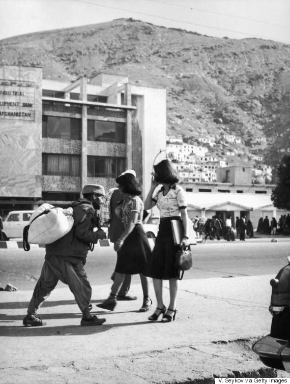 afghanistan women street kabul
