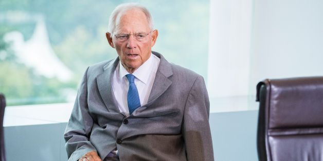 German finance minister Wolfgang Schaeuble arrives for the weekly cabinet meeting at the Chancellery in Berlin on August 16, 2017. / AFP PHOTO / Odd ANDERSEN        (Photo credit should read ODD ANDERSEN/AFP/Getty Images)