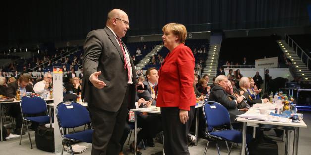 Umstrittene Wahlkampfmethoden: Nebentätigkeiten von Kanzleramts-Mitarbeitern umfangreicher als bisher bekannt