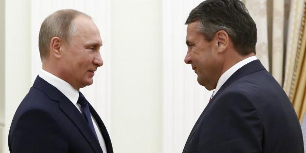 Russlands Präsident Wladimir Putin und Sigmar Gabriel