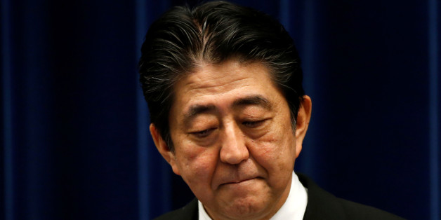 Japan's Prime Minister Shinzo Abe attends a news conference after reshuffling his cabinet, at his official residence in Tokyo, Japan, August 3, 2017.  REUTERS/Kim Kyung-hoon