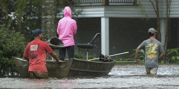 """Tropensturm """"Harvey"""": Rettungskräfte finden Kleinkind neben der ertrunkenen Mutter"""