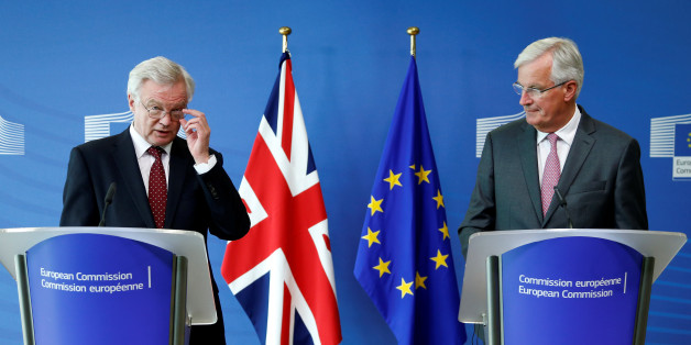 David Davis und Michel Barnier bei einer gemeinsamen Pressekonferenz in Brüssel