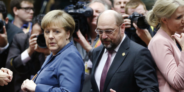 Späte Aufholjagd? Schulz' Rückstand auf Merkel schmilzt kurz vor dem TV-Duell