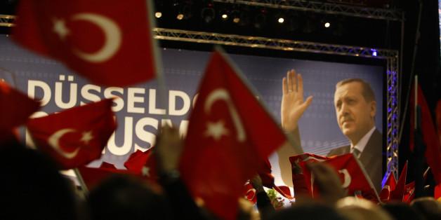 Erdogan schürt Unruhe im deutschen Wahlkampf – der Chef der Kurdischen Gemeinde fordert drastische Konsequenzen