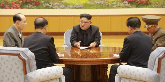 Rakete Richtung Westen verlegt: Kim Jong-un zeigt, was er von den Drohungen des US-Präsidenten hält